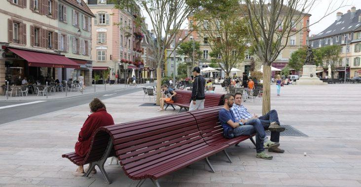 installation mobilier urbain
